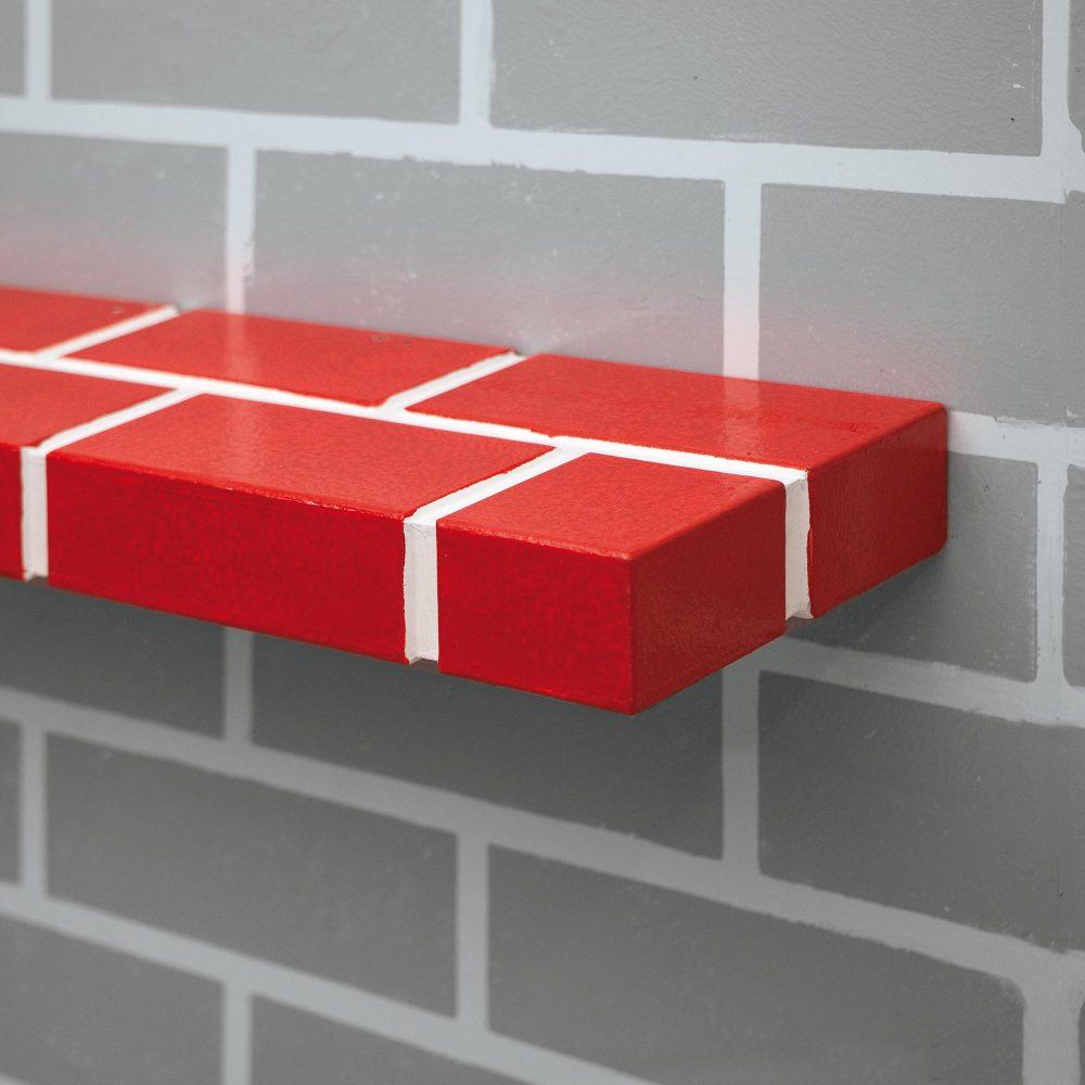 The Red Brick Shelf n°1