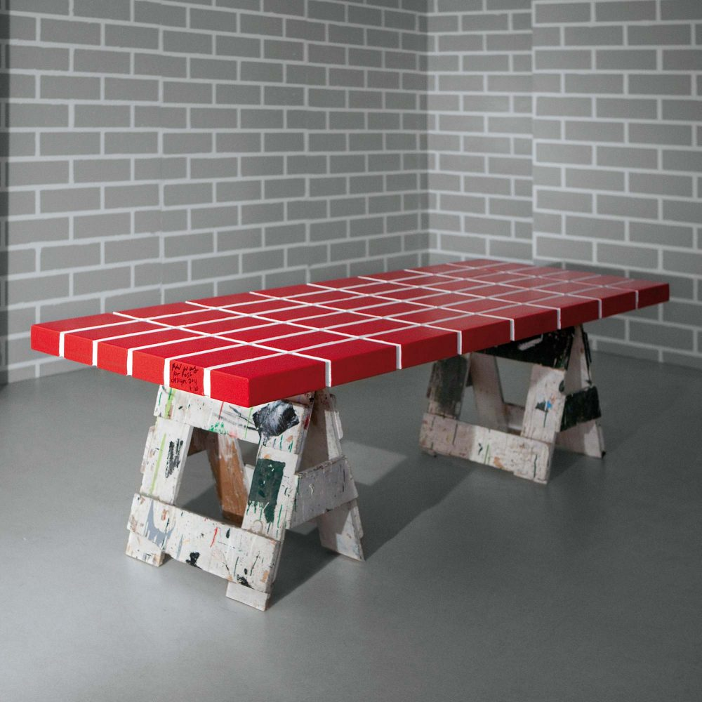 The Red Brick Table n°4